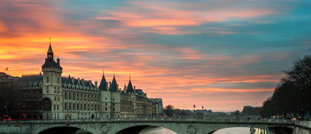 Au fil de l'eau, les ponts de Paris